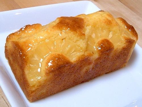 パインとココナッツのケーキ