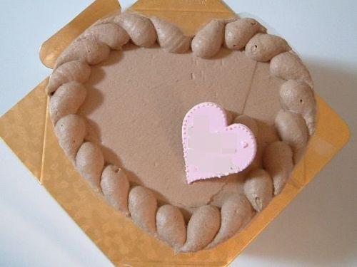 バレンタインミルクチョコレートのケーキ